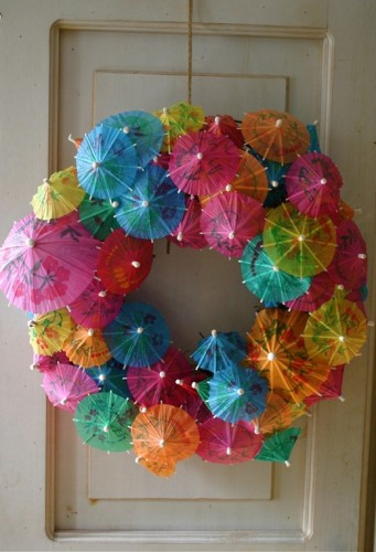 Summer-wreath-Paper-umbrellas_thumb