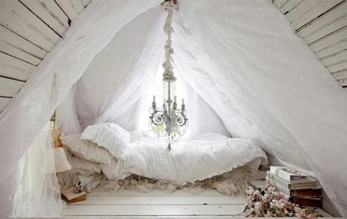 Classic-Attic-Bedroom